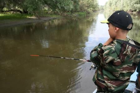 Рыбалка в Сузуне на базе Клевое место.